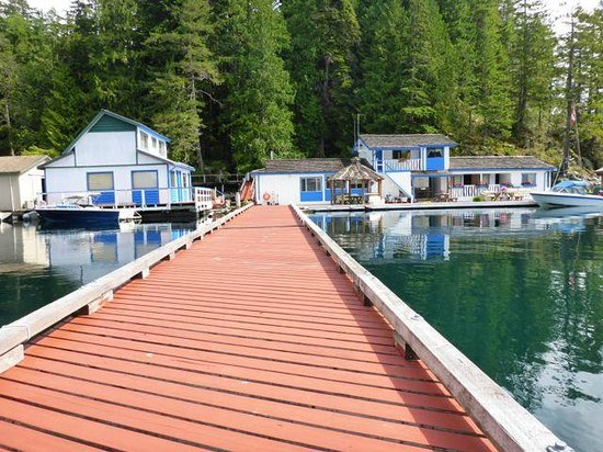 Cordero Fishing Lodge: Dock
