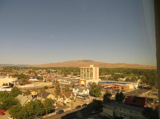 The Sands Regency Casino Hotel: view of Reno & surrounding mountains