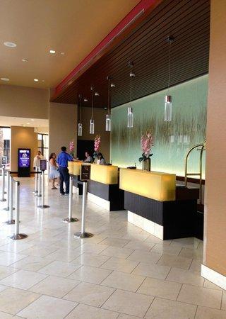 Harrah's Ak-Chin Casino Resort: check-in area