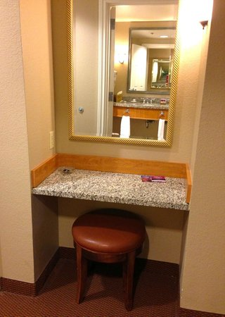 "Harrah's Ak-Chin Casino Resort: vanity area outside the bathroom in the ""resort premium poolside queen room"""