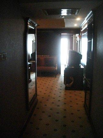 Salvo Hotel Shanghai: habitación