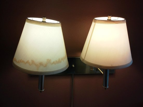Super 8 Madison: Stains on lampshades.