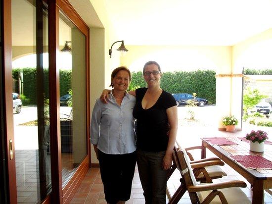 Agriturismo Ai Carpini: Tanya et sa mère, deux perles