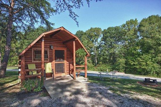 Hocking Hills KOA : One Room Camp Cabins