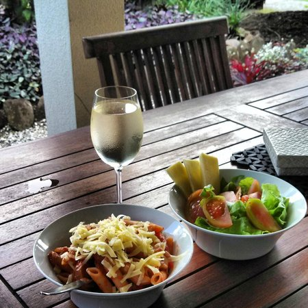Makayla Palms: Dinner on the Patio (Self Cooked)