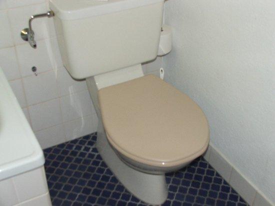 Parkhotel du Sauvage: WC