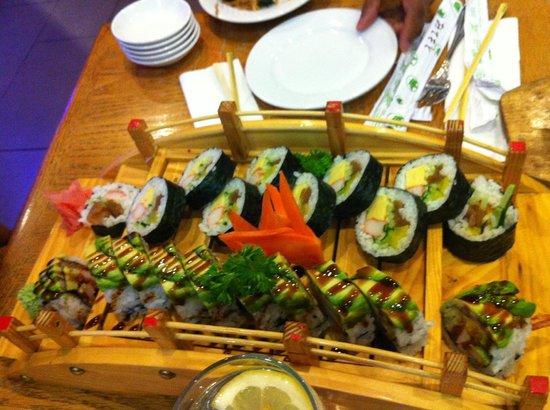Sutton Park Inn: Akima House; Japanese Maki Rolls