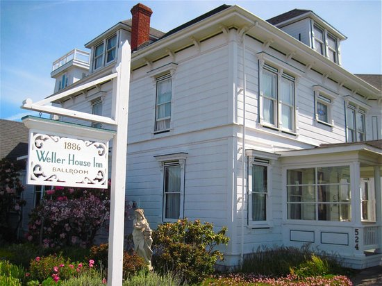 Weller House Inn : Historical Bed and Breakfast in Fort Bragg