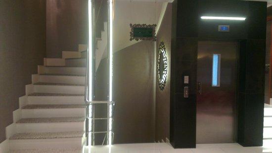 Biz Cevahir Hotel : Lobby