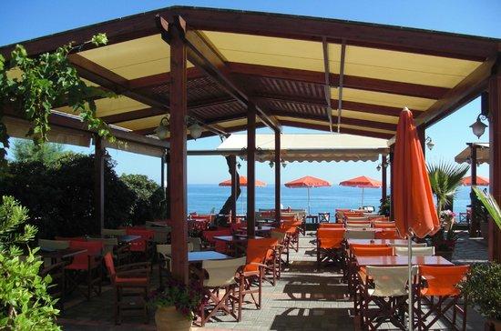 Carpe Diem Restaurant Bar: Sea view...