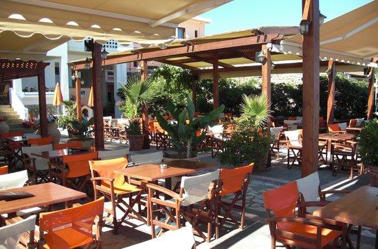 Carpe Diem Restaurant Bar: Friendly atmosphere...