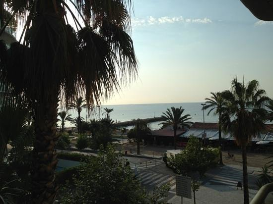 Mediterraneo Sitges Hotel & Apartments: view from balcony