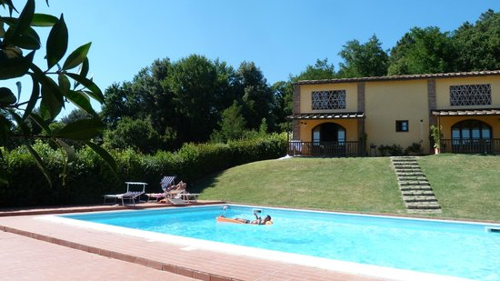 La Burraia Holiday Apartments : Rien qu'à nous la piscine trop top !