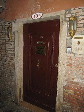 Locanda Armizo: Hotel Entrance