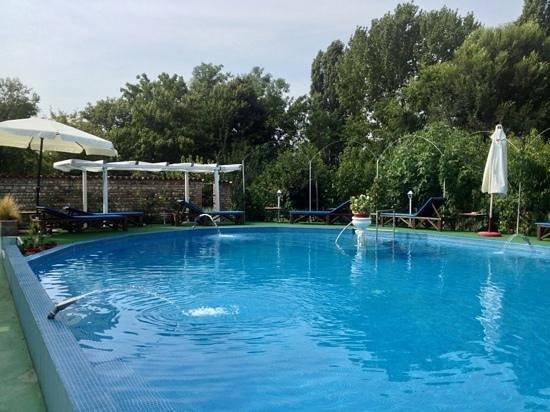 Resort villa manin b b codroipo italia prezzi 2018 e - Piscina villa primavera udine prezzi ...