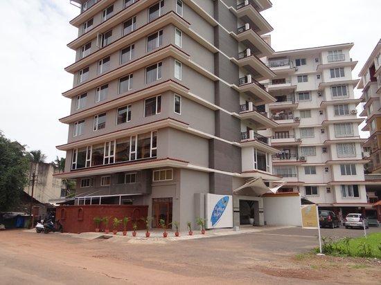 The Fern Residency Miramar Goa: Just a Panjim, building