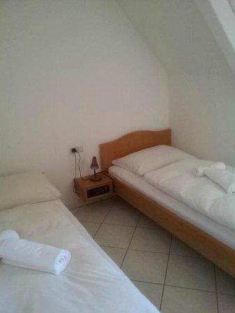 Frickingen, Deutschland: Smaller Bedroom