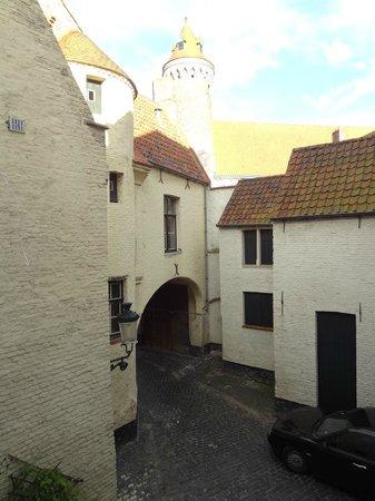 Hotel Boterhuis: cour vue de la chambre, calme et sans vis à vis