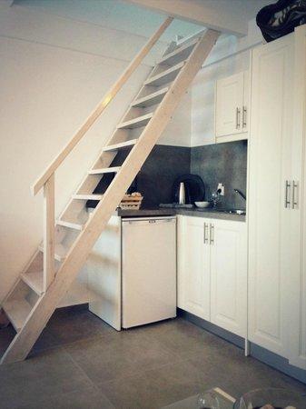 Archontiko Santorini: Мини кухня