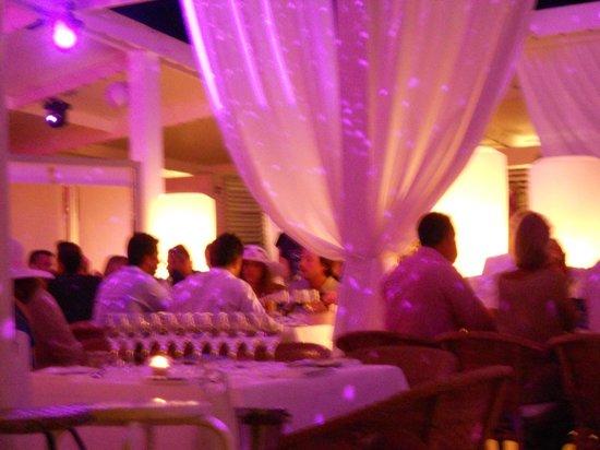 Sail Fish Cafe: Terrrasse