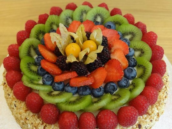 Italian Fresh Fruit Cake Recipe