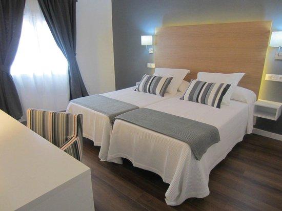 Hotel Llorca: habitacion doble de dos camas