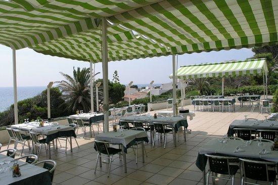 Hotel Llorca: terraza-comedor de verano