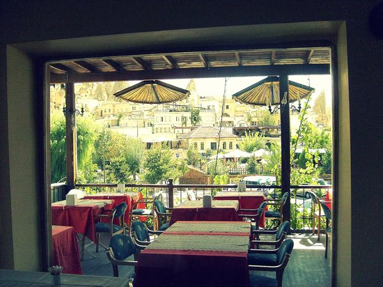 Mercan Restaurant: Terrace.