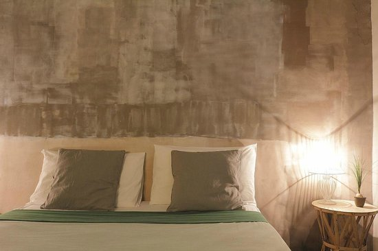 BBH Bed and Bed House Firenze: dettagli  camera verde