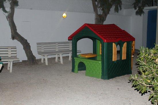 Knossos Beach Bungalows & Suites : JEUX ENFANTS
