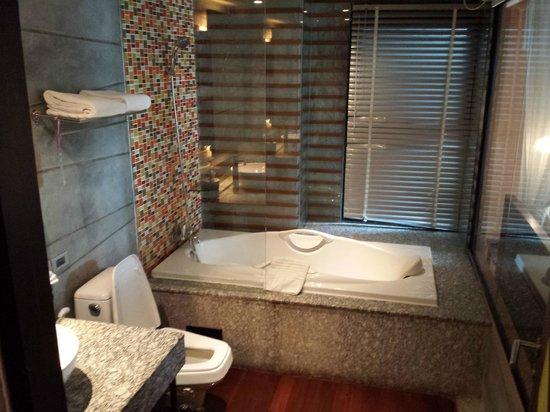The Fusion Suites Bangkok : 403