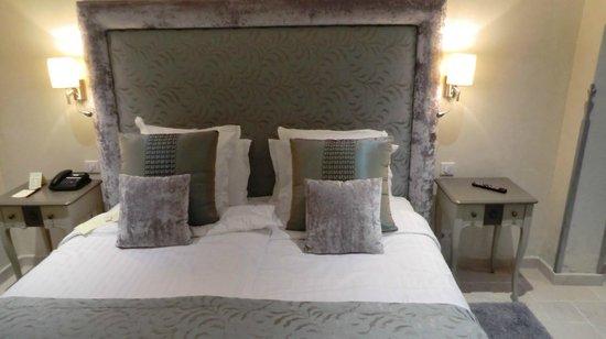 Hotel La Perouse: Doppelbett