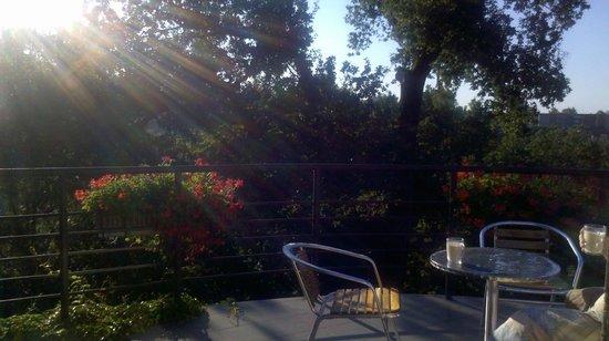 Perkuno Namai : Morning tea of the balcony
