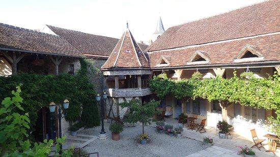 Hôtel Auberge de la Beursaudière : View from room