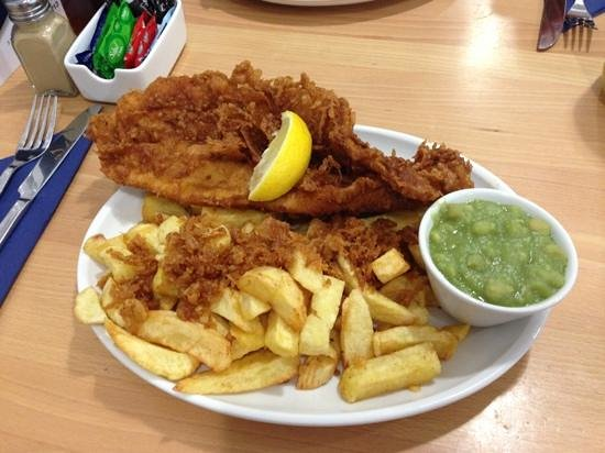 Downeys of Seaham: fish, chips and mushy peas with batter yum!