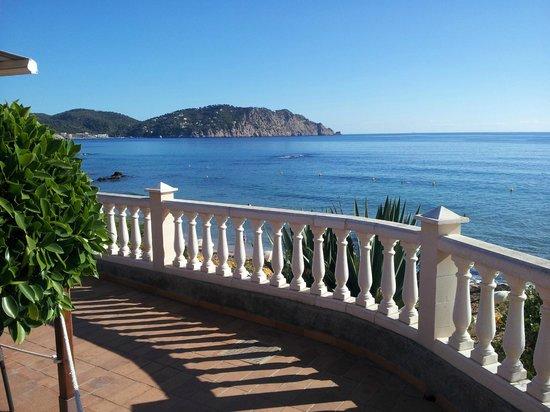 Invisa Hotel Club Cala Blanca: panorama