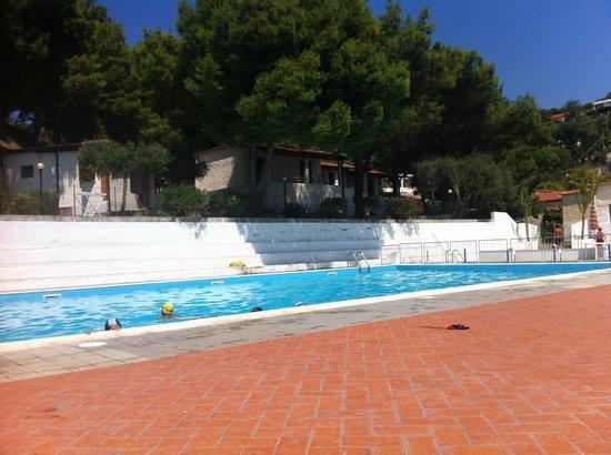 Villaggio Marina del Capo: La piscina