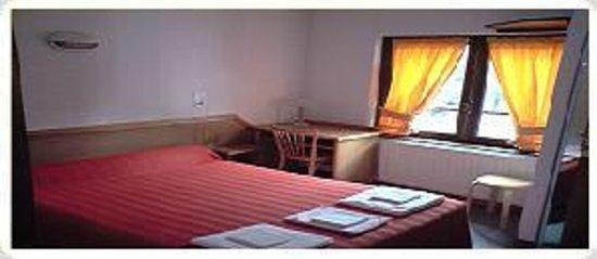 Hôtel des Touristes : chambre double