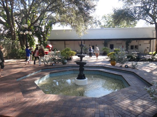 Ybor City State Museum: outside