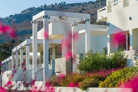 Lindos White Hotel and Suites: main building entrance