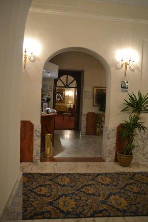 Pace Helvezia Hotel: Recepción / reception