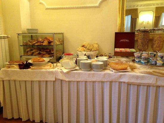 Pace Helvezia Hotel: Buffet desayuno 2/ Buffet breakfast 2