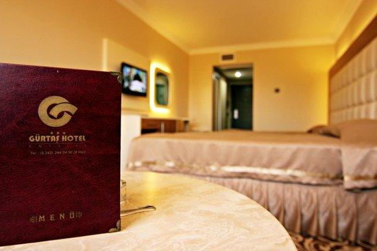 Gurtas Hotel : oda