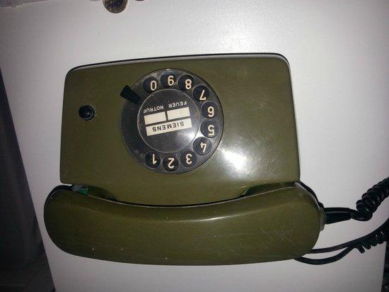 Hotel Rivari: per i reclami, è a disposizione un telefono performante!!