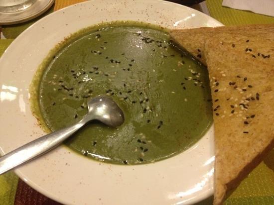 Tham Na Hometaurant: spanish soup
