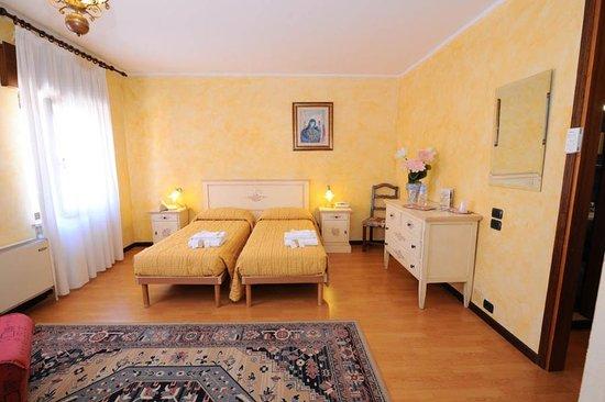 Hotel Siros: Camera