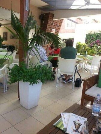 Akatos Hotel: great