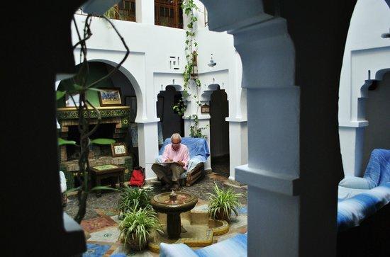 Hotel Riad Casa Hassan Restaurante: Patio común
