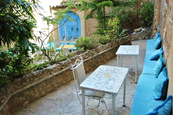 Hotel Riad Casa Hassan Restaurante: Jardín para desayunar
