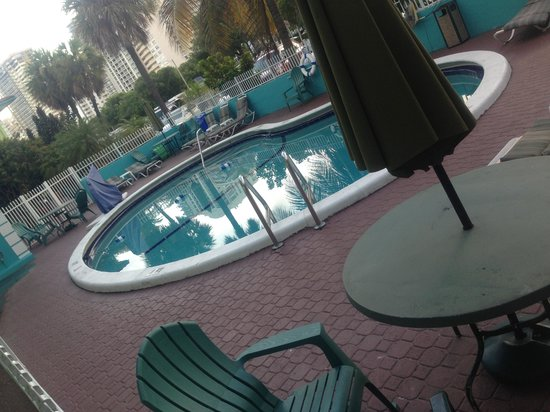 Travelodge Fort Lauderdale Beach: Pool